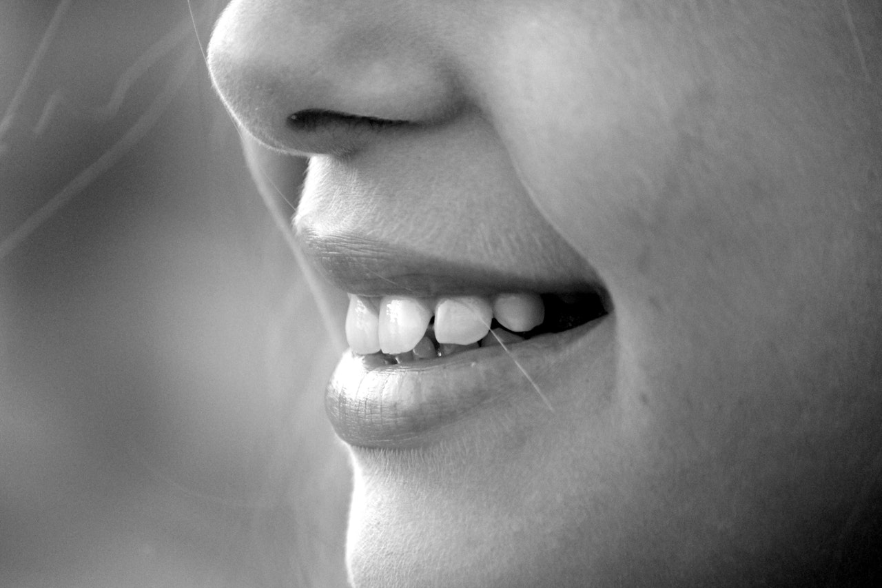 Whitening Teeth on a Budget: Teeth Cleaning vs. Whitening