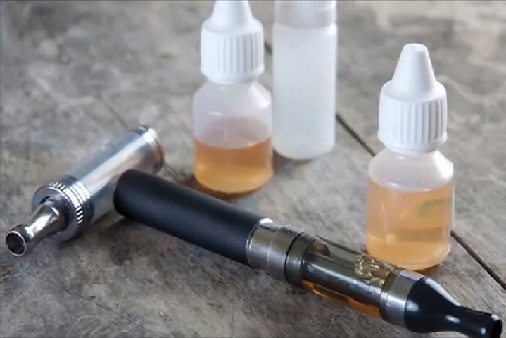 What You Should Know About Vaping and Oral Care